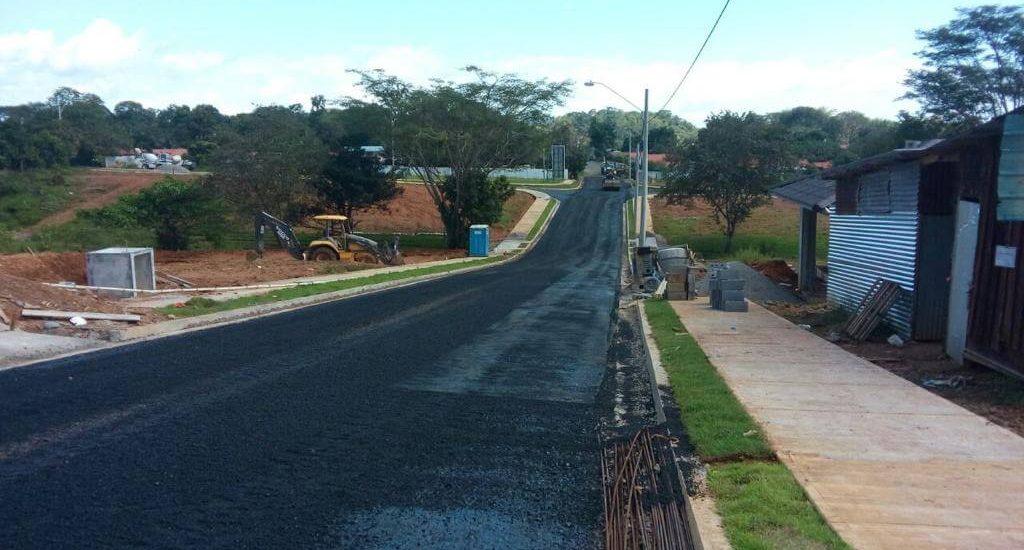 Nuevas carreteras para residenciales o caminos comunitarios